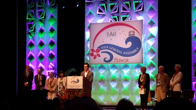 Cristóbal Petrovic at the IAU GA opening ceremony where he was awarded with the Gruber Fellowship